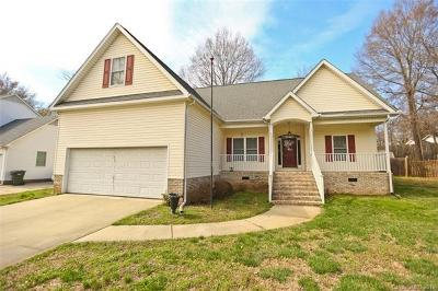 Concord Single Family Home For Sale: 376 Stonehaven Court