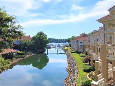 Cornelius Condo/Townhouse For Sale: 18009 Kings Point Drive #R
