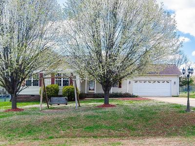 Rowan County Single Family Home For Sale: 2830 Hill Top Drive