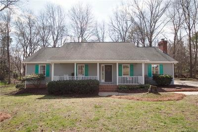 Charlotte Single Family Home For Sale: 6515 Carmel Hills Drive