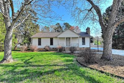 Matthews Single Family Home For Sale: 13327 Phillips Road