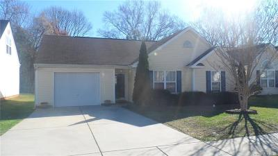 Charlotte Single Family Home For Sale: 6832 Parkers Crossing Drive