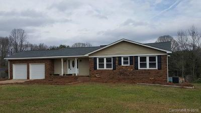 New London NC Single Family Home For Sale: $139,900