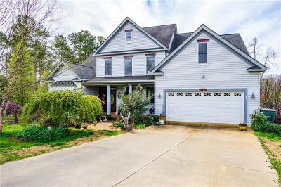 Newton Single Family Home For Sale: 1773 Whitehall Court