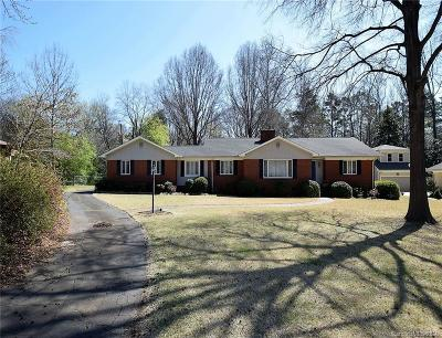 Charlotte Single Family Home For Sale: 6015 Lansing Drive