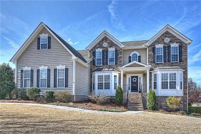 Tuscany Single Family Home Under Contract-Show: 2300 Madeira Circle