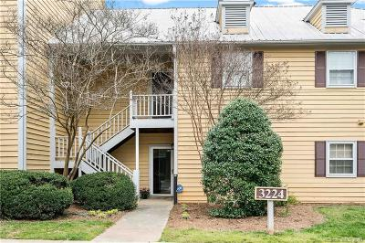 Condo/Townhouse Under Contract-Show: 3224 Selwyn Farms Lane #3