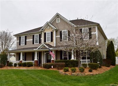 Single Family Home Under Contract-Show: 2006 Savoy Court #144