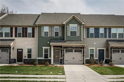 Concord Condo/Townhouse Under Contract-Show: 11057 Jc Murray Drive NW