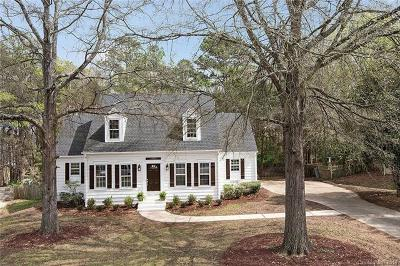 Single Family Home Under Contract-Show: 2300 Lawton Bluff Road