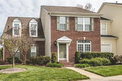 Huntersville Condo/Townhouse For Sale: 14651 Greenpoint Lane