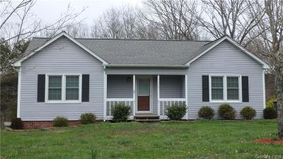 Hickory NC Rental For Rent: $1,050
