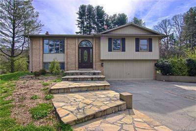 Hendersonville Single Family Home For Sale: 523 Whispering Hills Drive