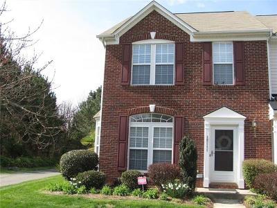 Huntersville NC Condo/Townhouse For Sale: $306,000