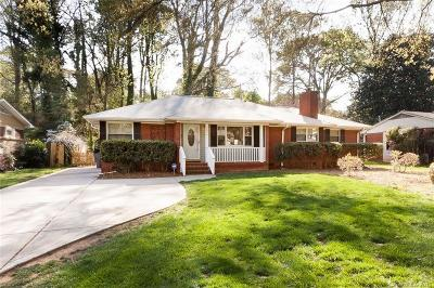 Single Family Home Under Contract-Show: 5634 Wedgewood Drive