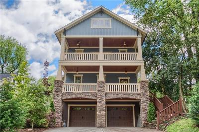 Single Family Home For Sale: 1025 Spruce Street