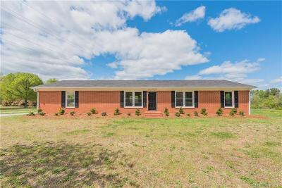 Clover Single Family Home For Sale: 481 Griggs Road