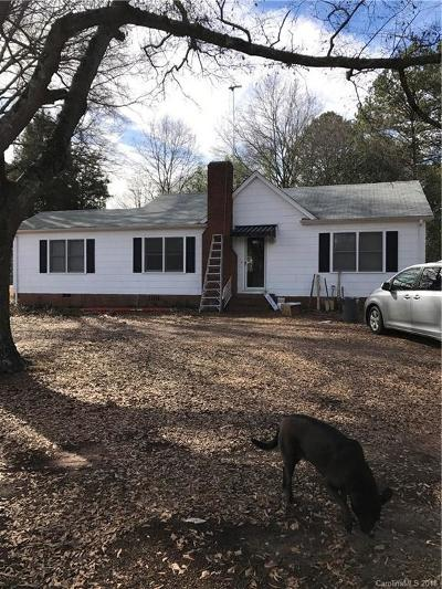 Single Family Home Under Contract-Show: 2575 Charlotte Highway
