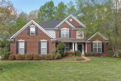 Waxhaw Single Family Home For Sale: 1610 Ambergate Drive