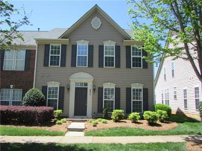 Huntersville Condo/Townhouse For Sale: 9017 Cool Meadow Drive