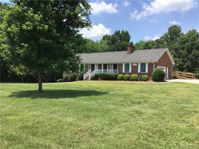 Statesville Single Family Home For Sale: 1258 Scotts Creek Road