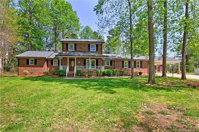 Mooresville Single Family Home For Sale: 300 Farmstead Lane