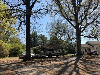 Single Family Home For Sale: 302 Neelys Creek Road