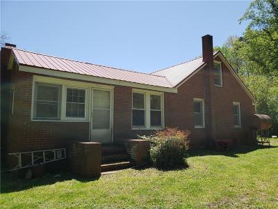 Tryon NC Single Family Home For Sale: $122,500