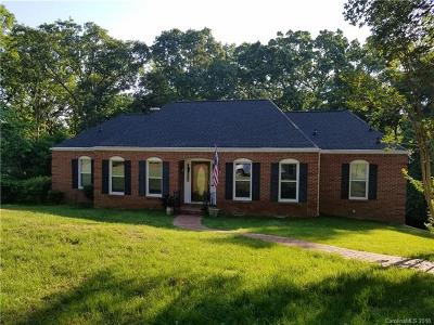 Charlotte Single Family Home For Sale: 6925 Ronda Avenue