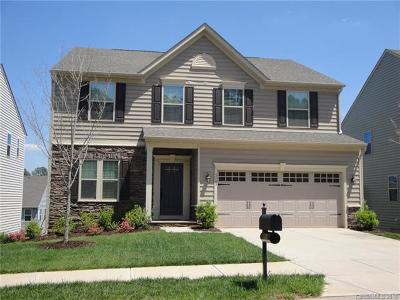 Charlotte Single Family Home For Sale: 5703 Selkirkshire Road