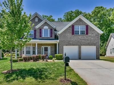Single Family Home For Sale: 2602 Sierra Chase Drive