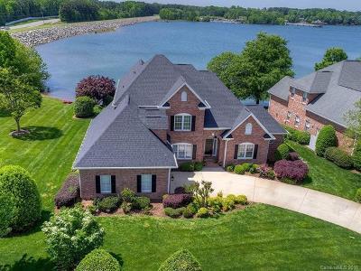 Cornelius Single Family Home For Sale: 16203 Sasanoa Drive #39