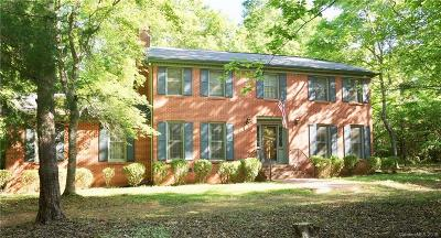 Single Family Home Under Contract-Show: 400 Fairway Drive