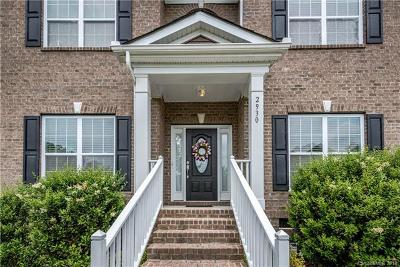 Single Family Home For Sale: 2930 Bridle Brook Way