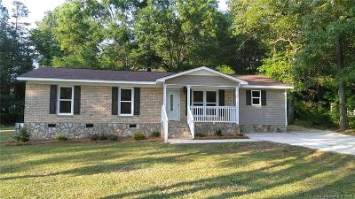 Lancaster Single Family Home Under Contract-Show: 2727 Country Club Drive