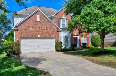 Huntersville Single Family Home For Sale: 16219 Hollingbourne Road