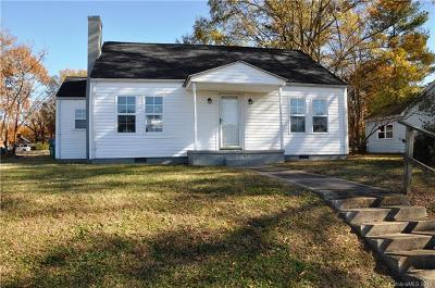 Single Family Home For Sale: 203 Arey Avenue