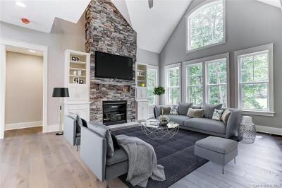 Denver Single Family Home For Sale: 8172 Blades Trail