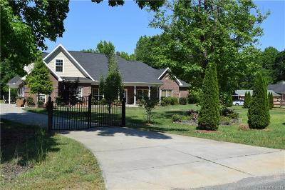 Monroe Single Family Home Under Contract-Show: 6909 Pinewood Forest Drive