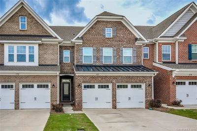 Mooresville Condo/Townhouse For Sale: 113 Burlingame Court #C