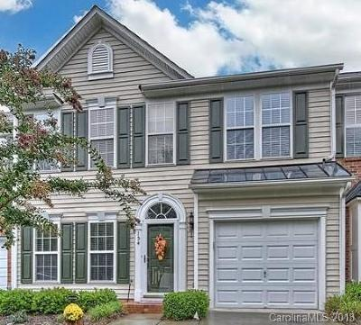 Mooresville Condo/Townhouse For Sale: 154 N Arcadian Way