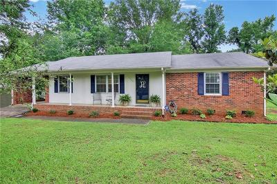 Single Family Home For Sale: 1325 Hawthorne Road