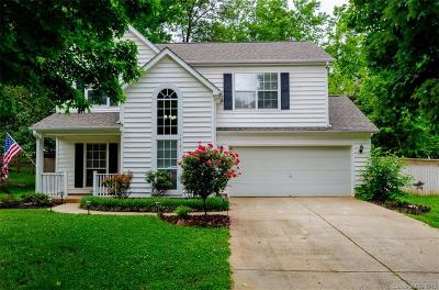 Huntersville Single Family Home For Sale: 16121 Farmall Drive