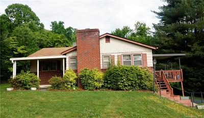Asheville NC Single Family Home For Sale: $200,000