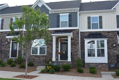 Huntersville Condo/Townhouse For Sale: 11213 Bryton Parkway