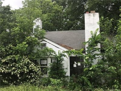 Greensboro Single Family Home For Sale: 1004 Logan Street