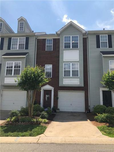 Mount Holly Condo/Townhouse For Sale: 345 Rock Ridge Lane
