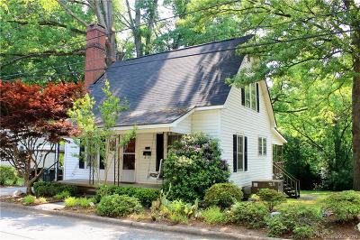 Cabarrus County Single Family Home For Sale: 553 Bruton Drive