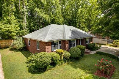 Charlotte Single Family Home For Sale: 1018 Pinafore Drive