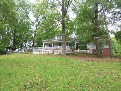 Caldwell County Single Family Home For Sale: 840 Norwood Street SE